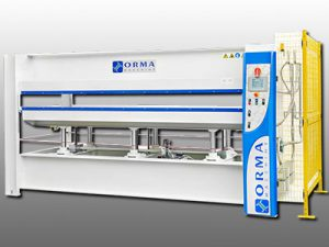 machines presse conformation compression ORMA DPS Composites